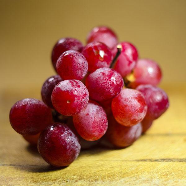 iPapers.co-Apple-iPhone-iPad-Macbook-iMac-wallpaper-np80-grape-fruit-red-nature-wallpaper