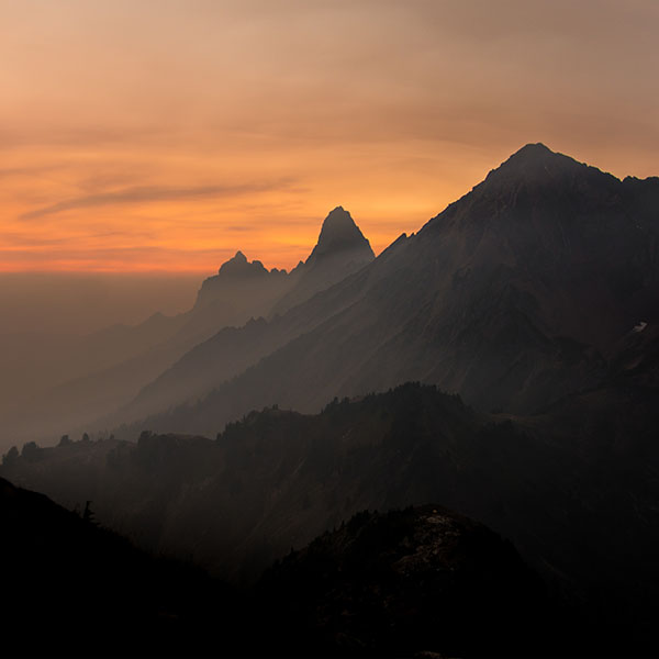 iPapers.co-Apple-iPhone-iPad-Macbook-iMac-wallpaper-np98-mountain-sunset-mordor-nature-wallpaper