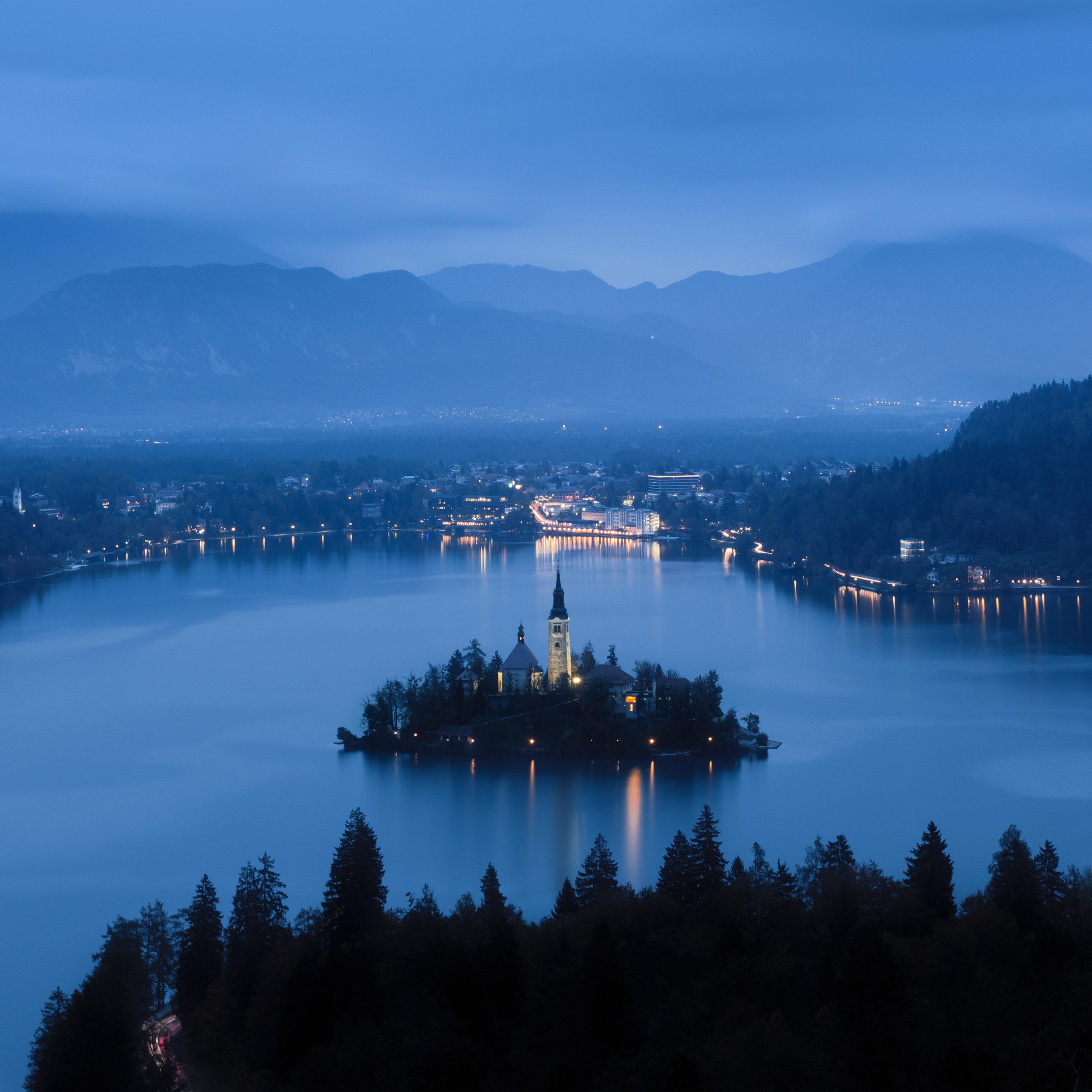 Nr24-lake-blue-night-mountain-country-nature-wallpaper