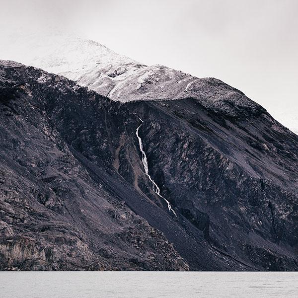 iPapers.co-Apple-iPhone-iPad-Macbook-iMac-wallpaper-nr28-rock-mountain-nature-wallpaper