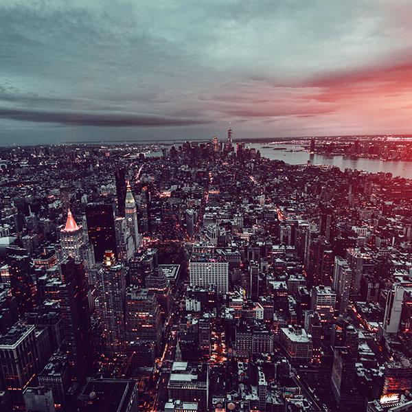 iPapers.co-Apple-iPhone-iPad-Macbook-iMac-wallpaper-ns06-unsplash-city-sky-newyork-building-nature-dark-flare-wallpaper