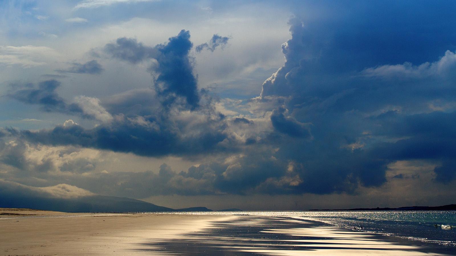 Nt29 Beach Sea Summer Rain Cloud Nature Wallpaper