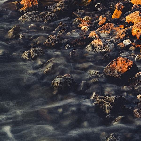 iPapers.co-Apple-iPhone-iPad-Macbook-iMac-wallpaper-nt43-stone-river-rock-nature-wallpaper