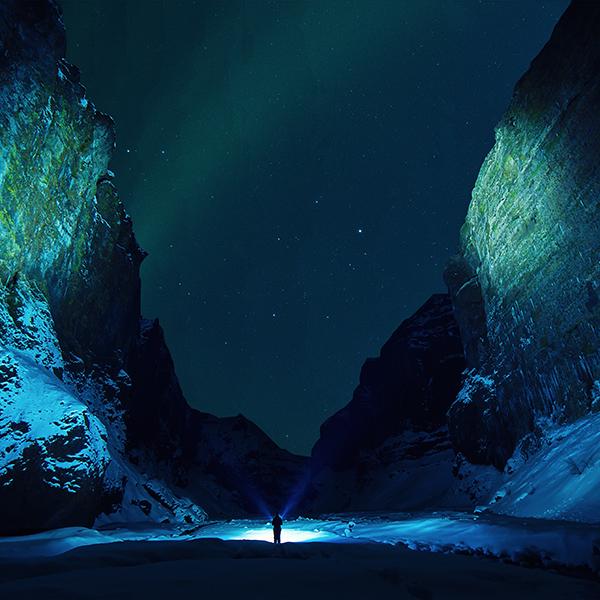 iPapers.co-Apple-iPhone-iPad-Macbook-iMac-wallpaper-nu12-night-mountain-blue-cold-winter-nature-wallpaper