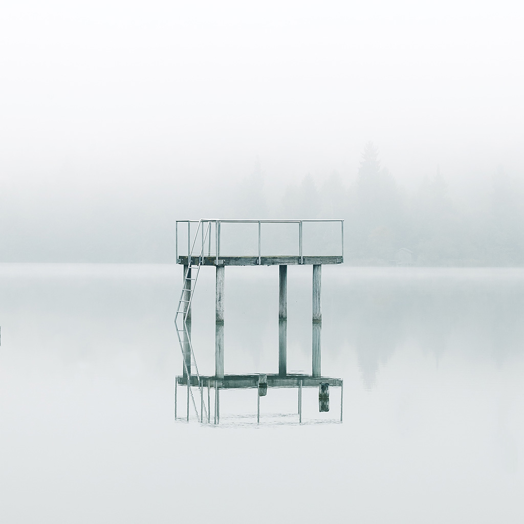 wallpaper-nu32-lake-white-minimal-nature-wallpaper