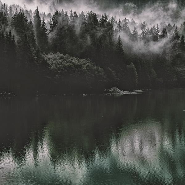 iPapers.co-Apple-iPhone-iPad-Macbook-iMac-wallpaper-nu46-lake-mountain-water-dark-nature-wallpaper