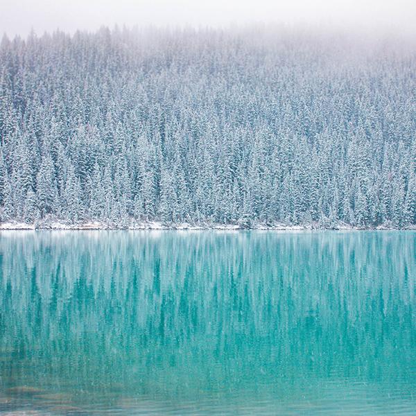 iPapers.co-Apple-iPhone-iPad-Macbook-iMac-wallpaper-nu62-winter-mountain-lake-river-nature-wallpaper