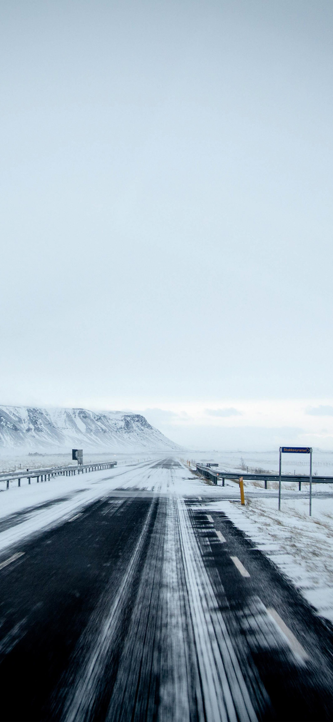 iPhonexpapers.com-Apple-iPhone-wallpaper-nv22-winter-road-street-mountain-nature