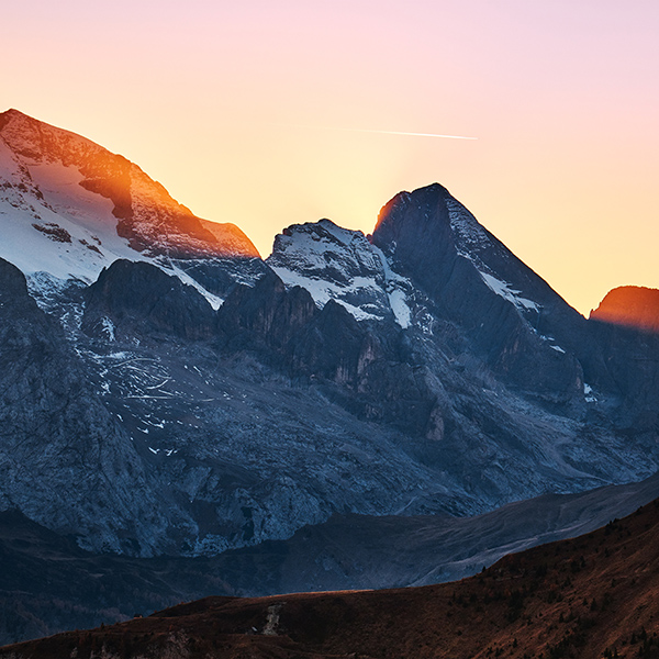 iPapers.co-Apple-iPhone-iPad-Macbook-iMac-wallpaper-nw48-luca-bravo-mountain-sunset-nature-wallpaper