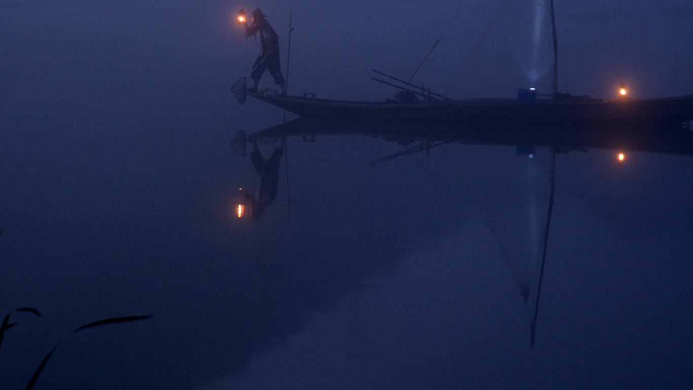 desktop-wallpaper-laptop-mac-macbook-air-nw86-river-night-boat-blue-nature-wallpaper