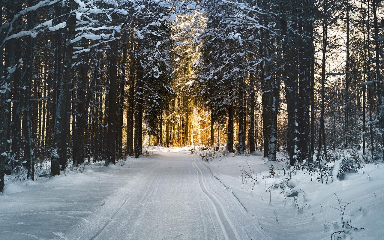 Nx26 Snow Street Mountain Light Winter Nature Wallpaper