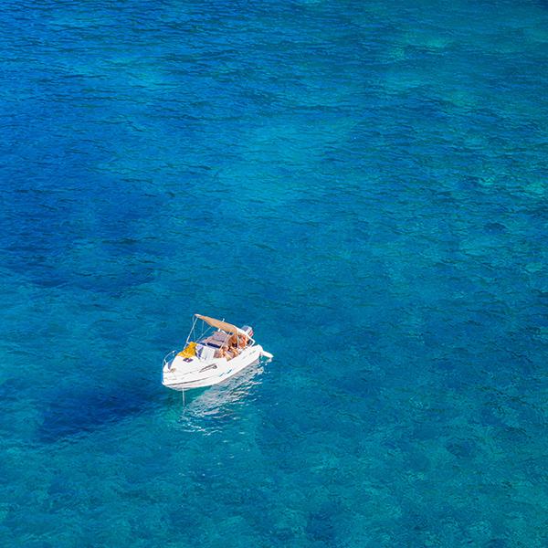 iPapers.co-Apple-iPhone-iPad-Macbook-iMac-wallpaper-nx95-sea-wave-ocean-blue-summer-nature-wallpaper