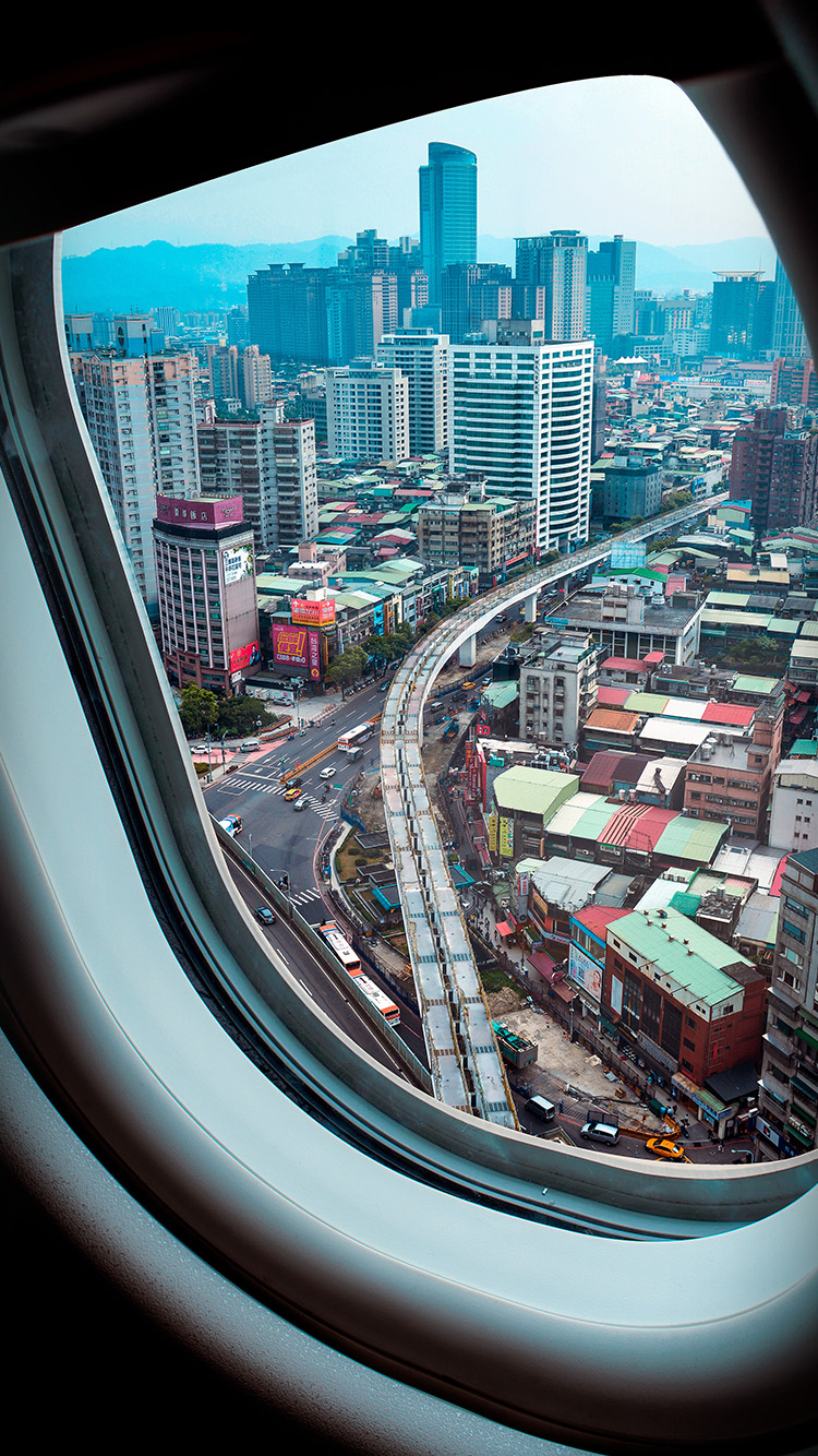 iPhonepapers.com-Apple-iPhone-wallpaper-oa08-airplane-fly-city-nature-window