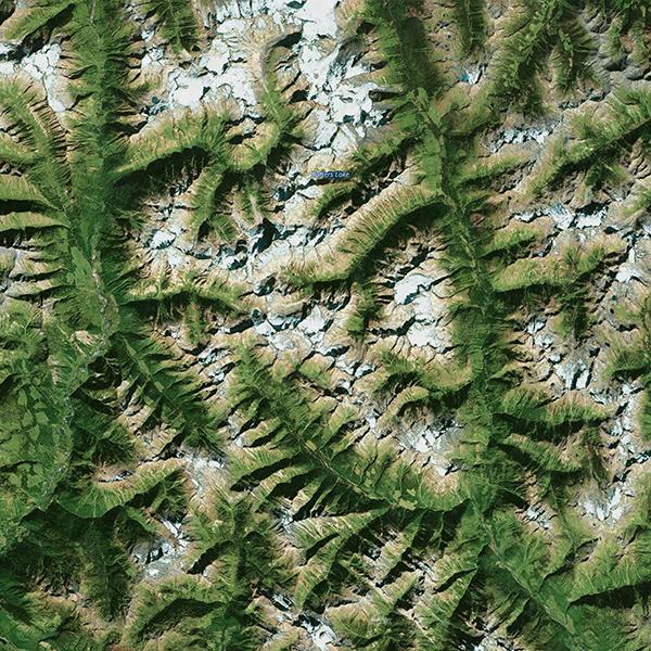 iPapers.co-Apple-iPhone-iPad-Macbook-iMac-wallpaper-oa80-earthview-green-mountain-nature-wallpaper