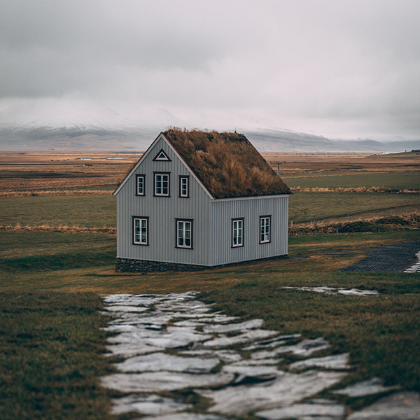 iPapers.co-Apple-iPhone-iPad-Macbook-iMac-wallpaper-oc39-house-field-alone-lonely-nature-wallpaper