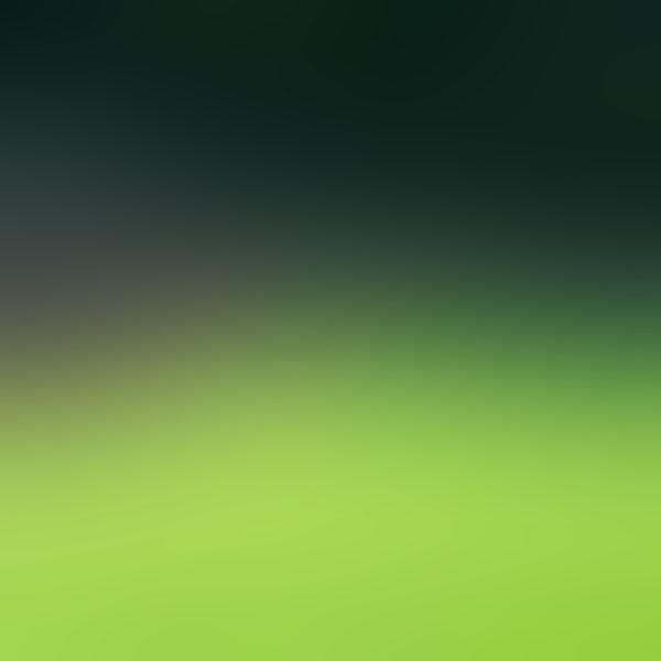 iPapers.co-Apple-iPhone-iPad-Macbook-iMac-wallpaper-sa47-soccer-field-blur