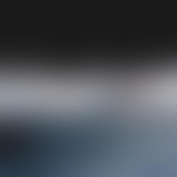 iPapers.co-Apple-iPhone-iPad-Macbook-iMac-wallpaper-sf20-dark-rain-cloud-gradation-blur-wallpaper