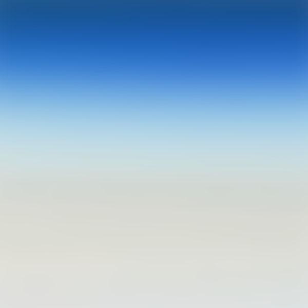 iPapers.co-Apple-iPhone-iPad-Macbook-iMac-wallpaper-sl45-blue-sea-blur-gradation-wallpaper