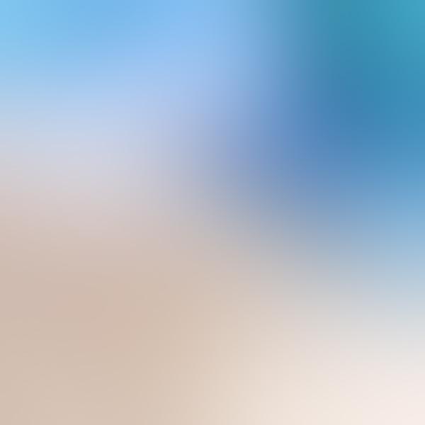 iPapers.co-Apple-iPhone-iPad-Macbook-iMac-wallpaper-sn29-sky-blue-blur-gradation-wallpaper