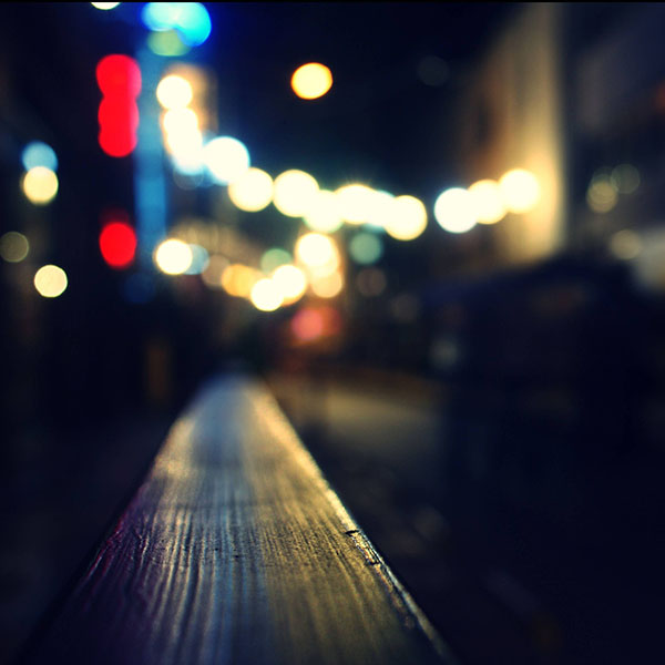 iPapers.co-Apple-iPhone-iPad-Macbook-iMac-wallpaper-vc86-bokeh-night-siren-lights-wallpaper