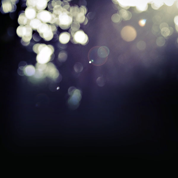 iPapers.co-Apple-iPhone-iPad-Macbook-iMac-wallpaper-vd07-sunny-bokeh-through-window-lovely-afternoon-wallpaper