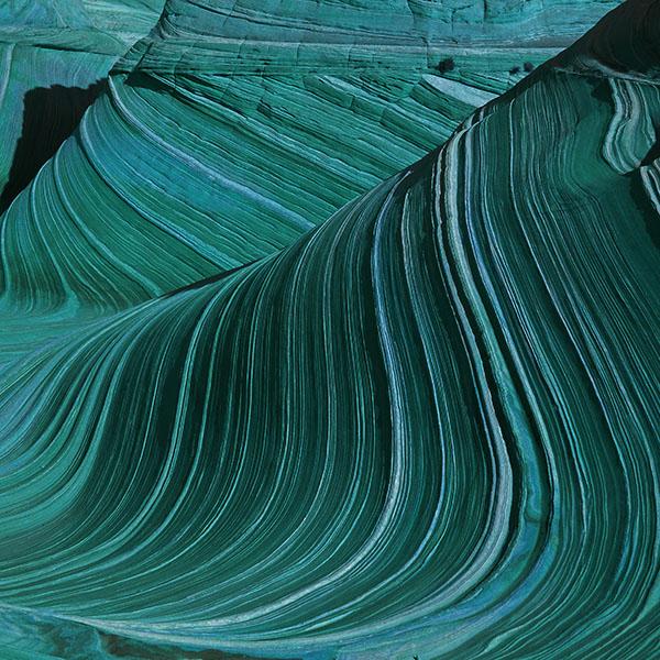 iPapers.co-Apple-iPhone-iPad-Macbook-iMac-wallpaper-ve42-swirling-patterns-wave-green-mountain-nature-wallpaper