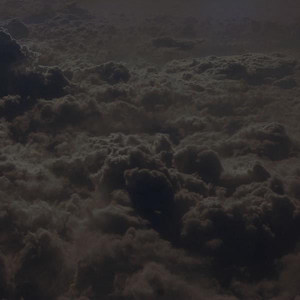 iPapers.co-Apple-iPhone-iPad-Macbook-iMac-wallpaper-vf01-cloud-sky-dark-nature-fly-wallpaper
