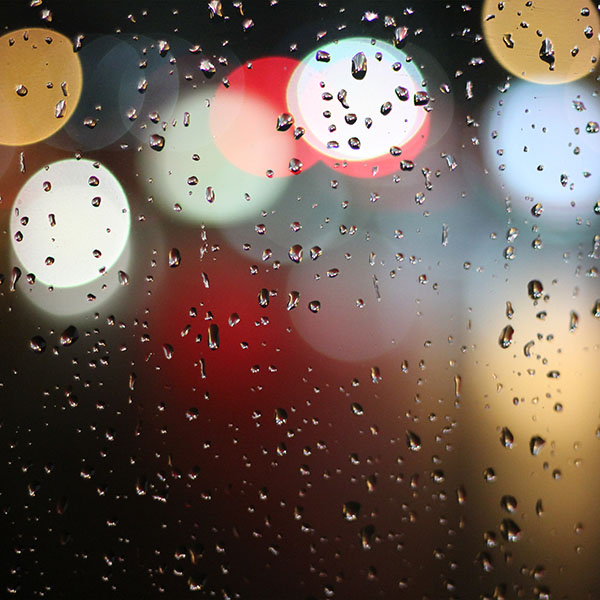 iPapers.co-Apple-iPhone-iPad-Macbook-iMac-wallpaper-vv01-bokeh-rain-night-window-pattern-background-wallpaper