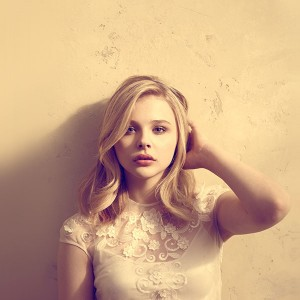 papers.co-hd49-chloe-moretz-cute-sexy-actress-celebrity-1-wallpaper