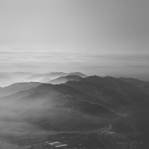 papers.co-mu40-mountain-fog-nature-dark-bw-gray-sky-view-1-wallpaper